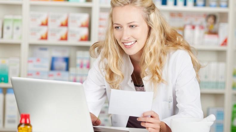 Почему интернет-аптека лучше простой аптеки?