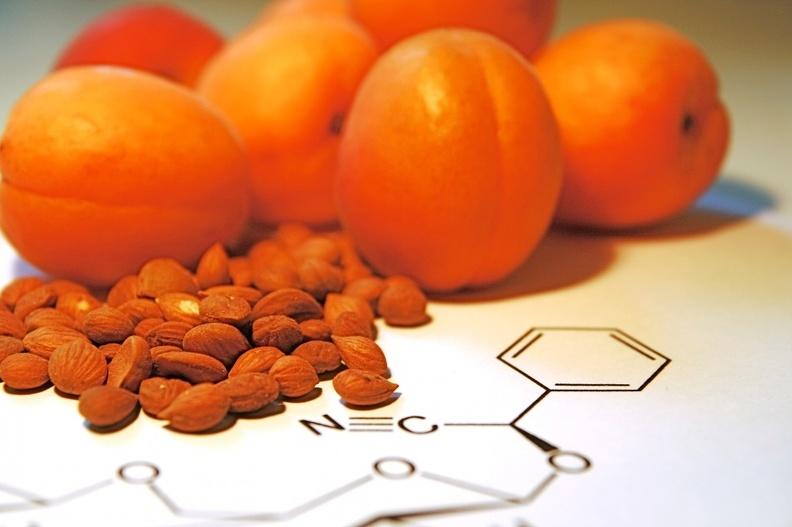 B17 - противоопухолевый витамин