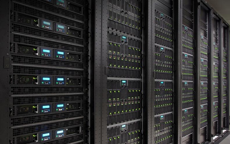 Почему покупка б/у сервера так популярна?