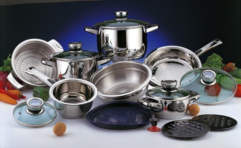 Как выбрать посуду в подарок
