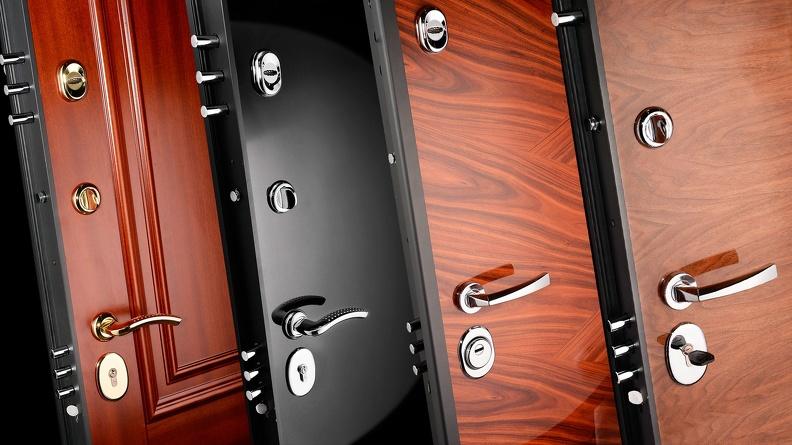 Отделка входных дверей: как выбрать материал