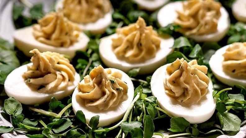 Секреты популярности фаршированных  яиц