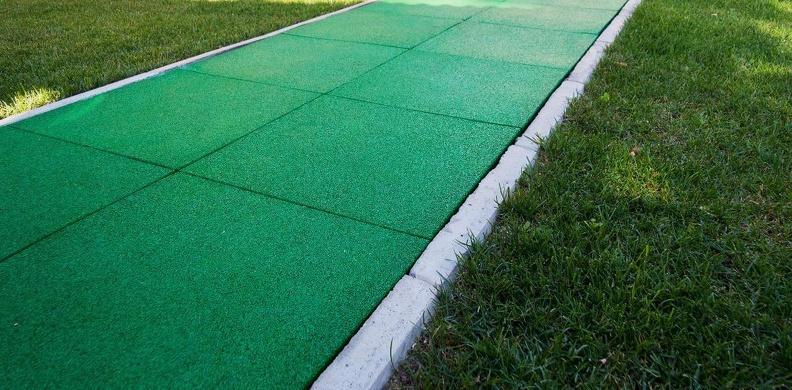 Резиновая плитка: отличное покрытие по доступной цене