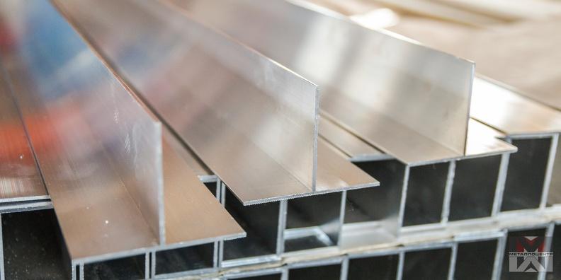 Где можно встретить алюминиевый тавр в повседневной жизни?