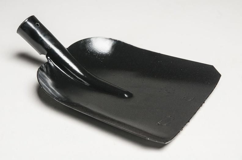Какую выбрать лопату