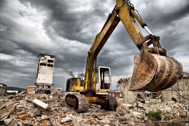 На что следует обращать внимание при выборе подрядчика по сносу и демонтажу зданий?