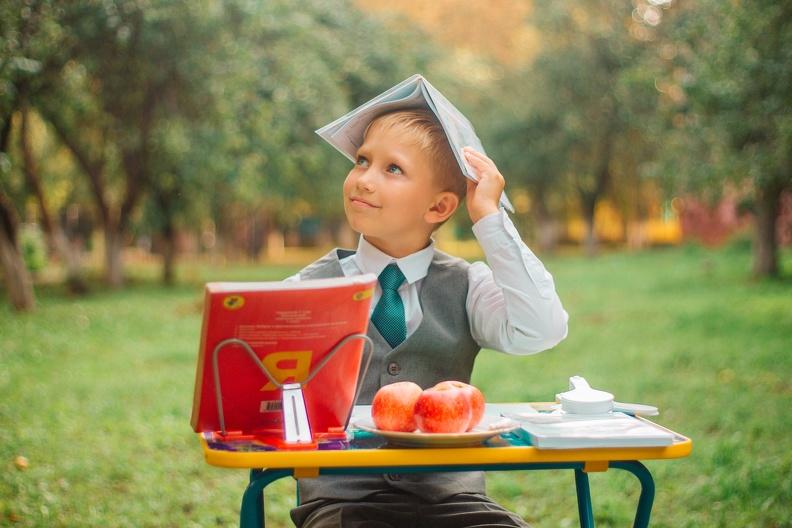 Сколько в этом году стоит собрать ребенка в школу в Горловке