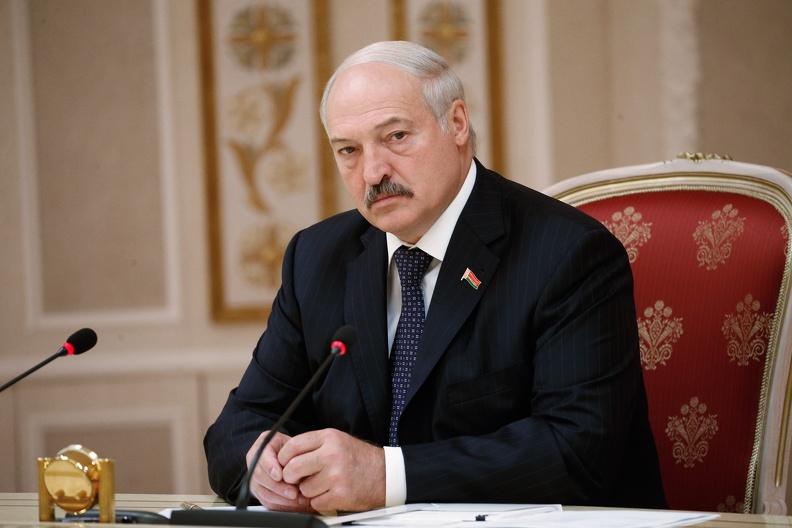 Белоруссия может ввести карантин для приезжающих с Запада