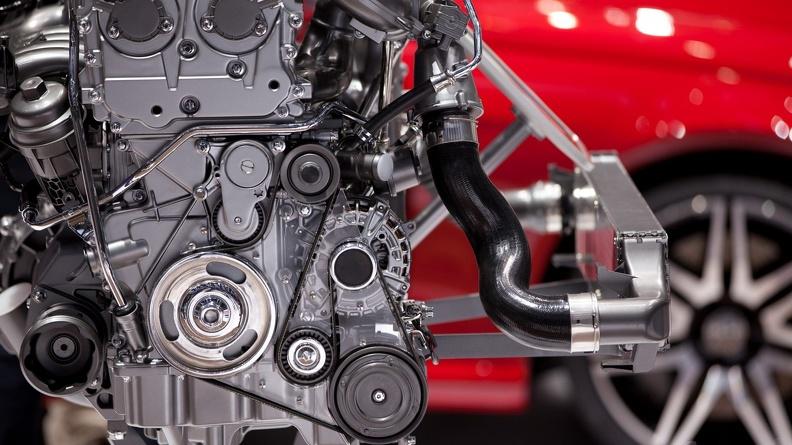 Какую роль играет радиатор двигателя