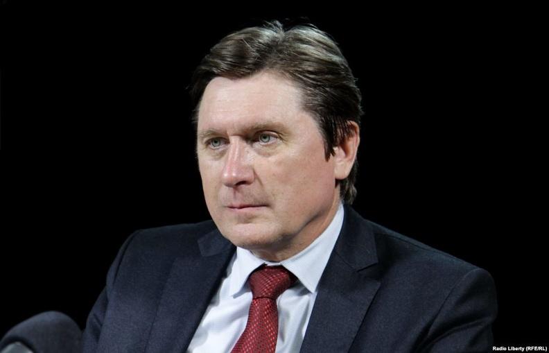У Зеленского пытаются включить турбо-режим для Донбасса, – политолог