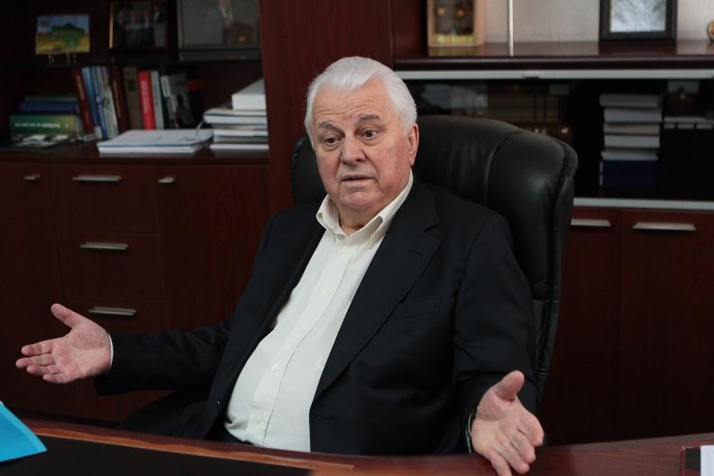 Кравчук озвучил свое видение пути к миру на Донбассе