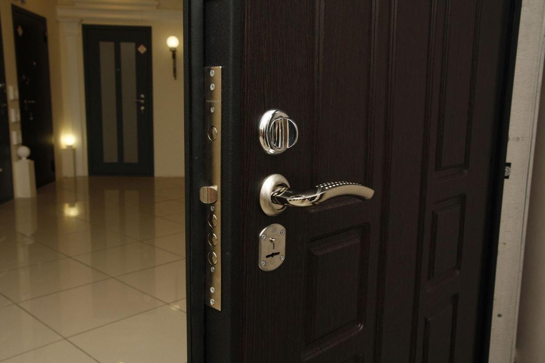 Алюминиевые двери: виды и преимущества