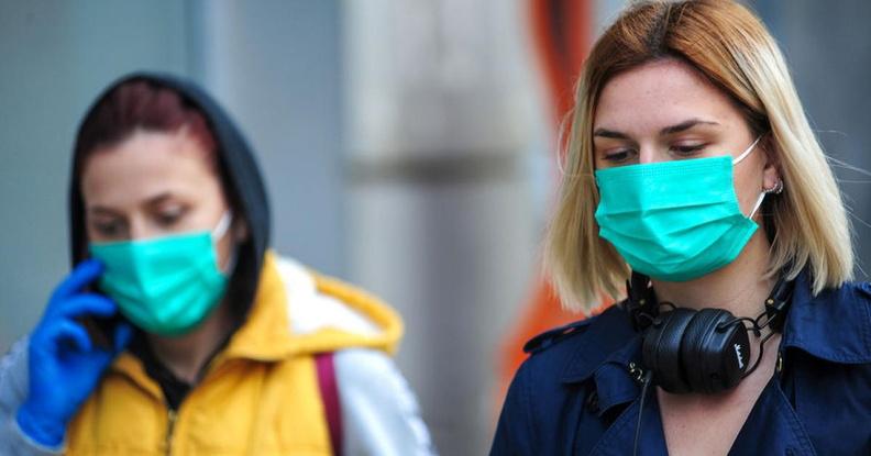 144 нежелательных побочных эффекта: СМИ изучили отчет о российской вакцине от коронавируса