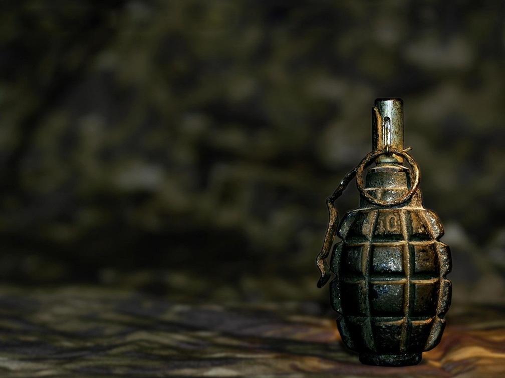 В Амвросиевке злоумышленник пытался взорвать гранату