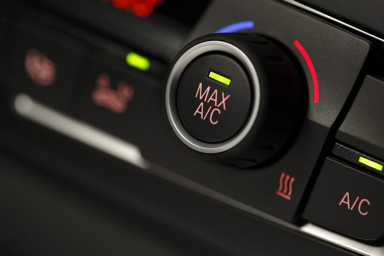 Проверка работы кондиционера в автомобиле