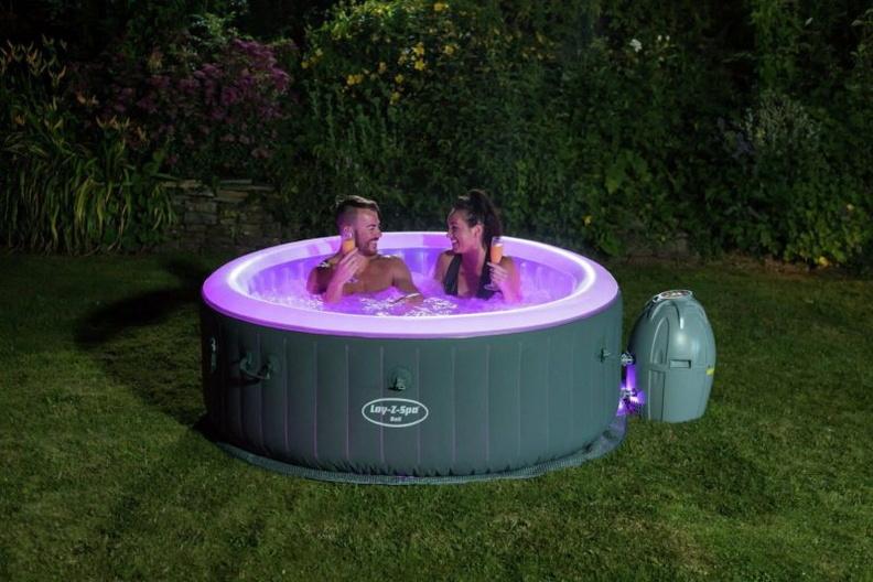 Возврат надувного бассейна продавцу при обнаружении дефектов