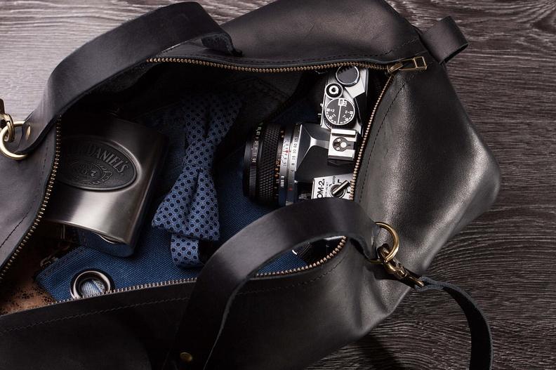 Мужская сумка: материалы изготовления, модели