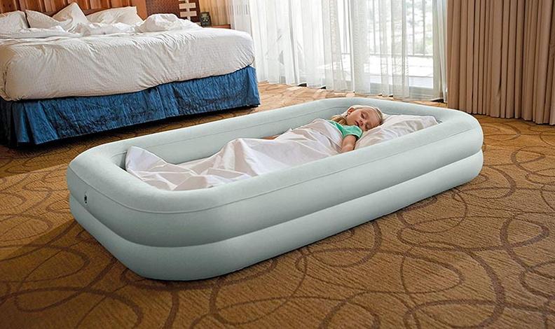 Сферы использования надувных матрасов
