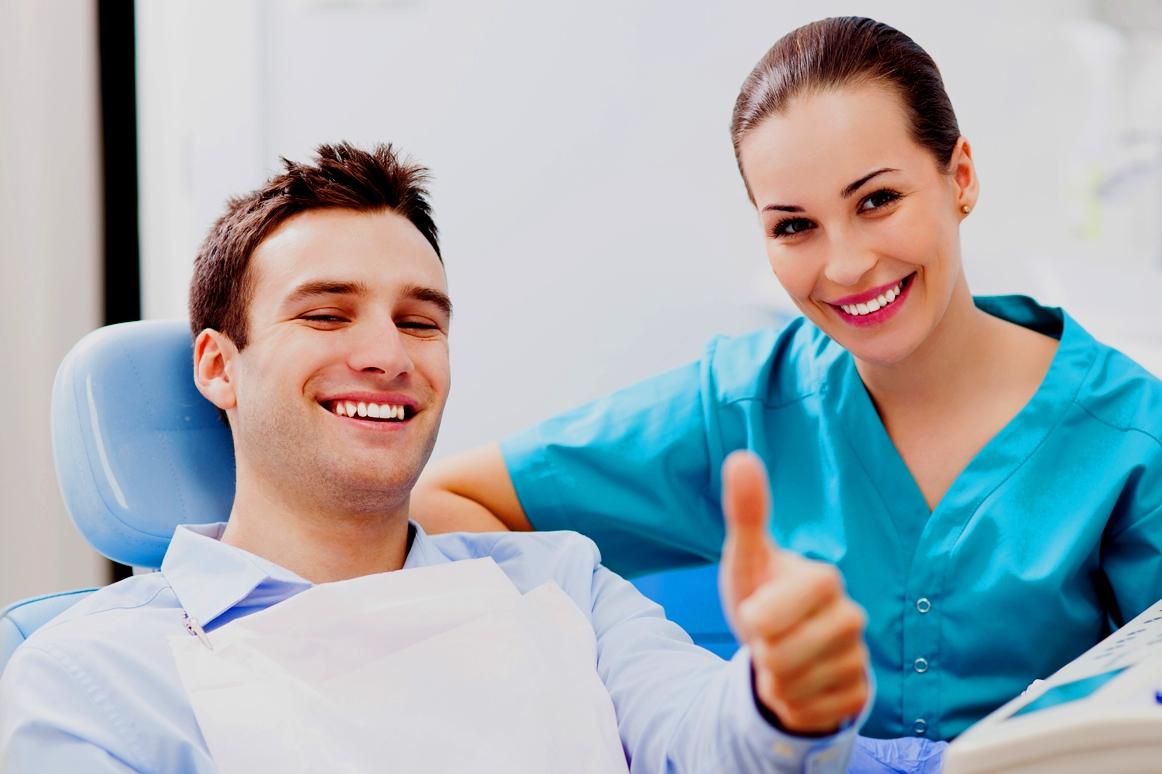 Что представляет собой имплантация зубов