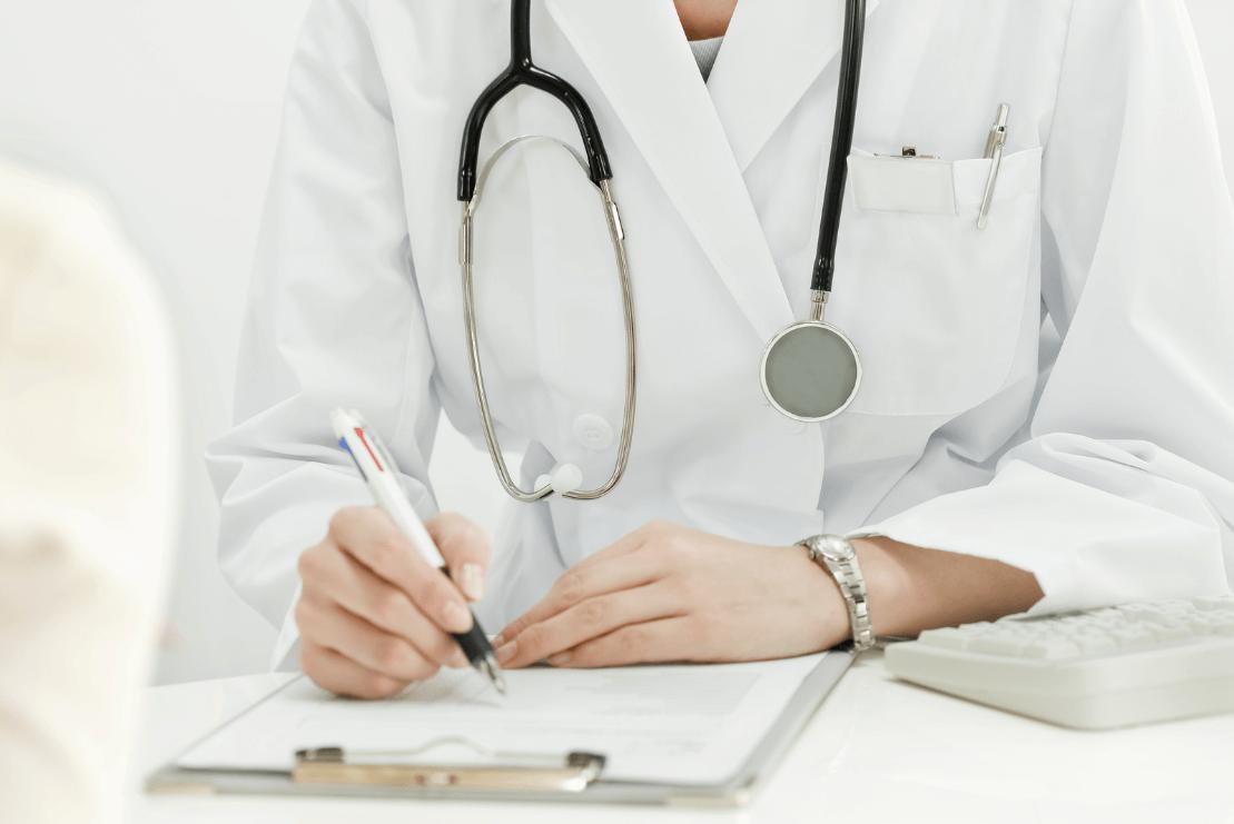 """Медики рассказали о """"странных"""" случаях смерти от COVID-19 в Италии"""