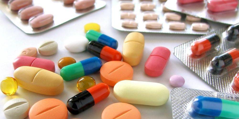 В каких случаях применяется витамин В12